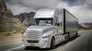 Freightliner Inspiration Truck Unveiled at Hoover Dam. First Licensed Autonomous Commercial Truck to Drive on U.S. Public Highway (PRNewsFoto/Daimler Trucks North America LLC)